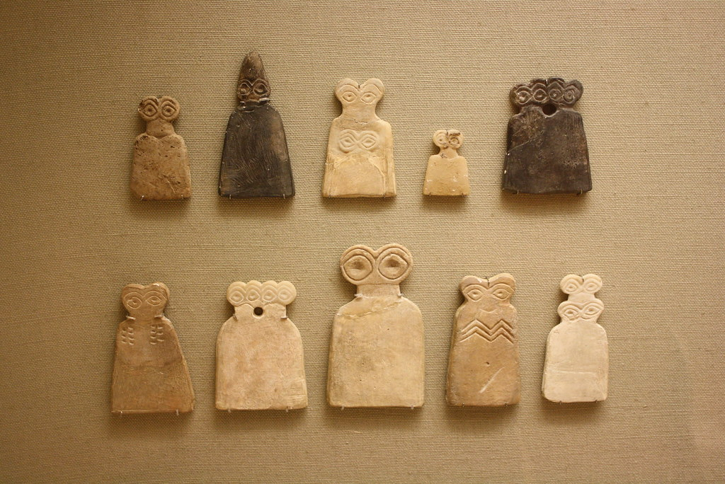 An Assemblage Of Protohistoric Gypsum Alabaster Eye Idols