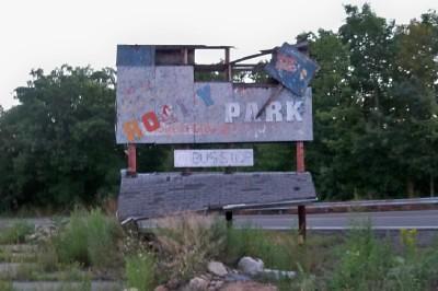 Rocky Glen Park Sign Rocky Glen Park Located In Moosic