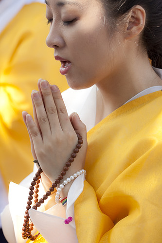buddhist single women in lafayette Buddhist views on marriage in buddhism his sermons that it is wise and advisable to be faithful to one wife and not to be sensual and to run after other women.