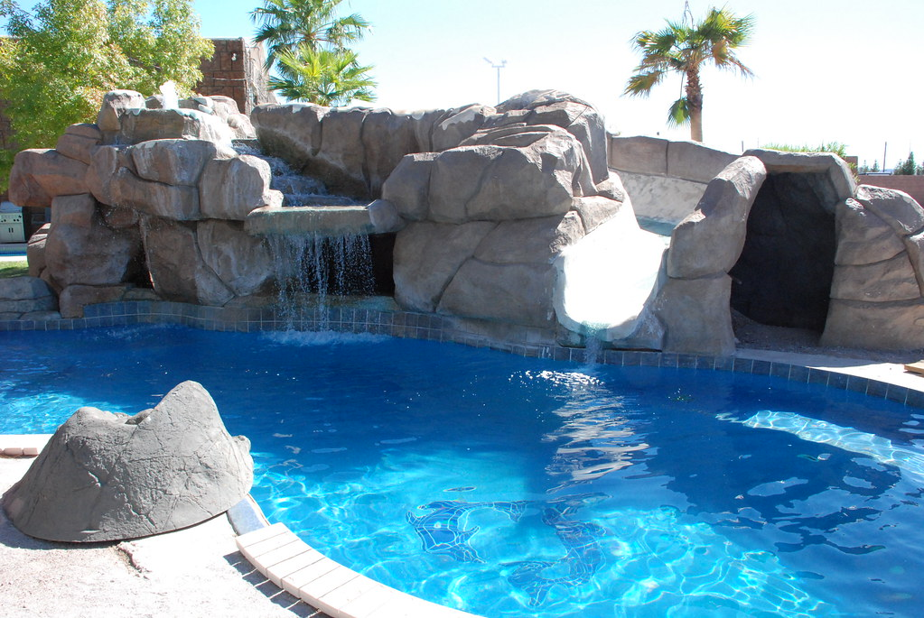 viking pools fiji by viking pools - Cool House Pools
