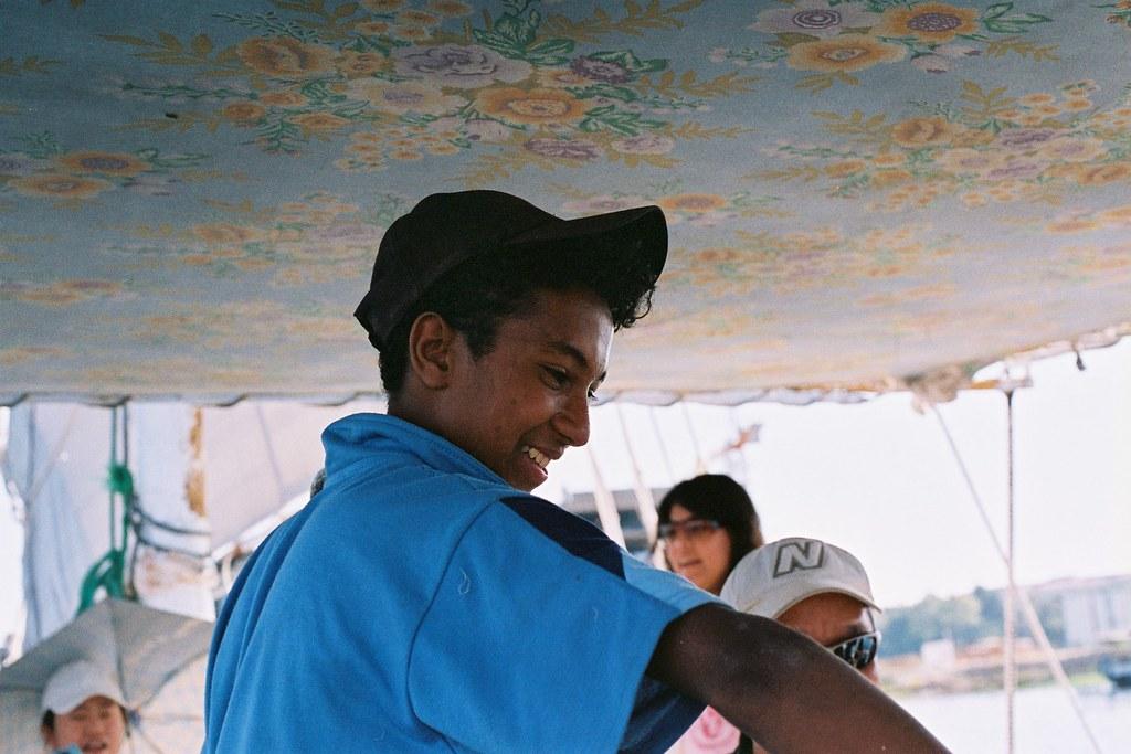 在風帆船上工作的努比亞少年, on Flickr