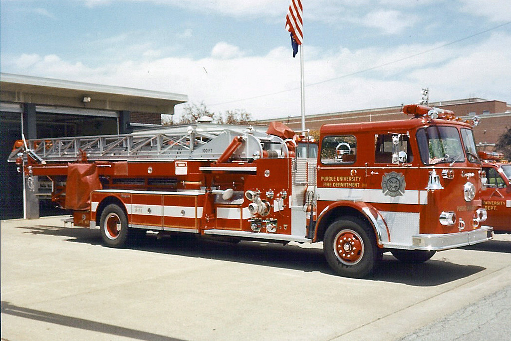 Pfd 1963 Seagrave 1250 100 Rm Purdue University Fire