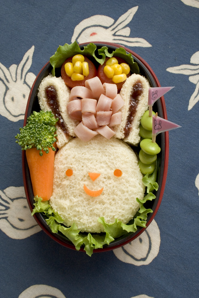 bunny bento 20 easy bento lunch boxes by a flickr. Black Bedroom Furniture Sets. Home Design Ideas