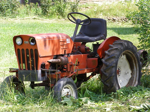 Power King Tractor Spindles : Antique power king sized tractor melinda stuart