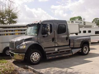 Used Freightliner 4x4 Pickup Trucks  Freightliner Business   Flickr