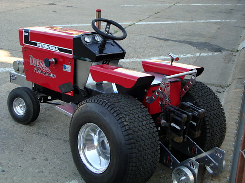 Quot Diesel Addiction Quot International 1066 Pulling Lawn Tractor