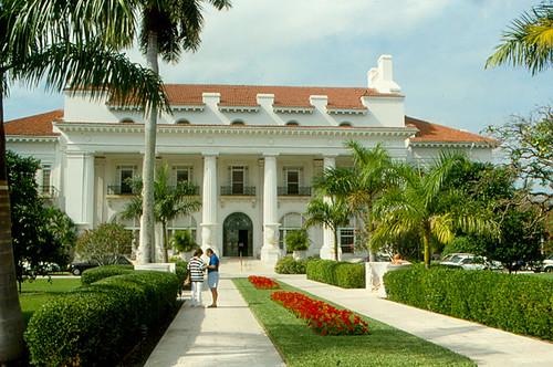 Hotels Near Palm Beach Lakes Blvd