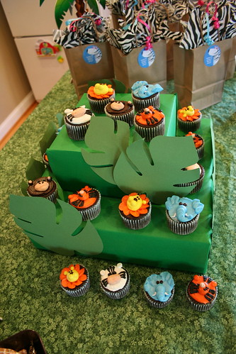 Jungle Cupcakes I Did These Cupcakes A Few Weeks Ago