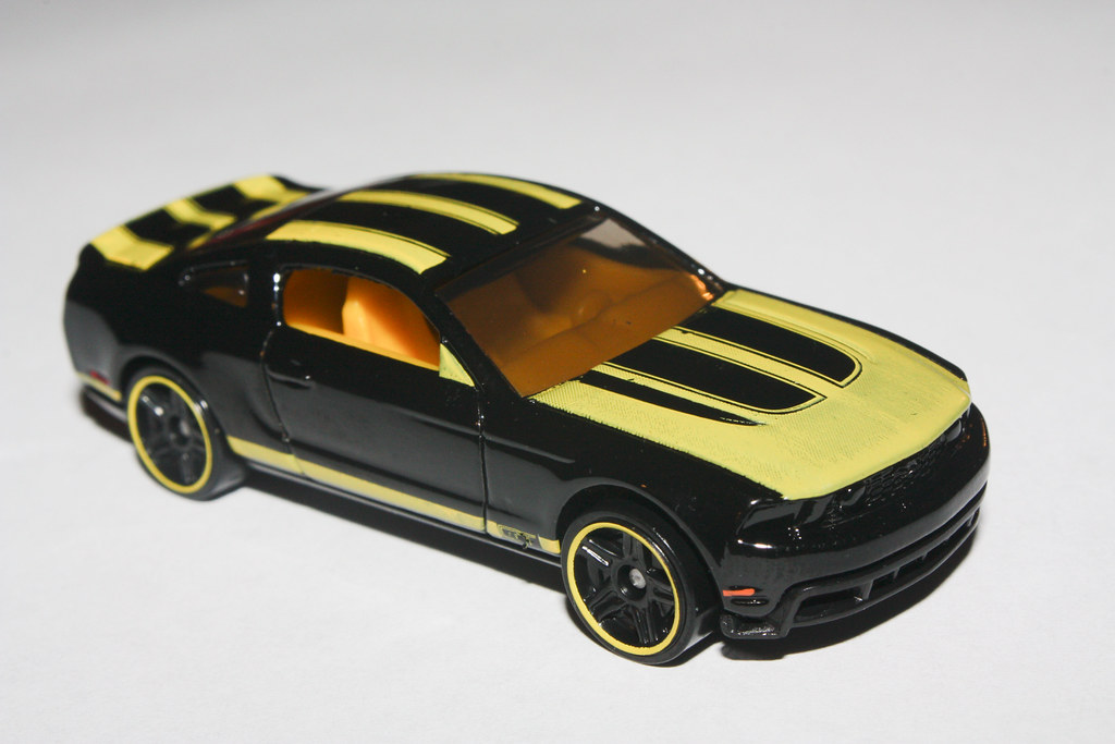 2010 hot wheels 2010 ford mustang gt | photokevin borlan… | flickr