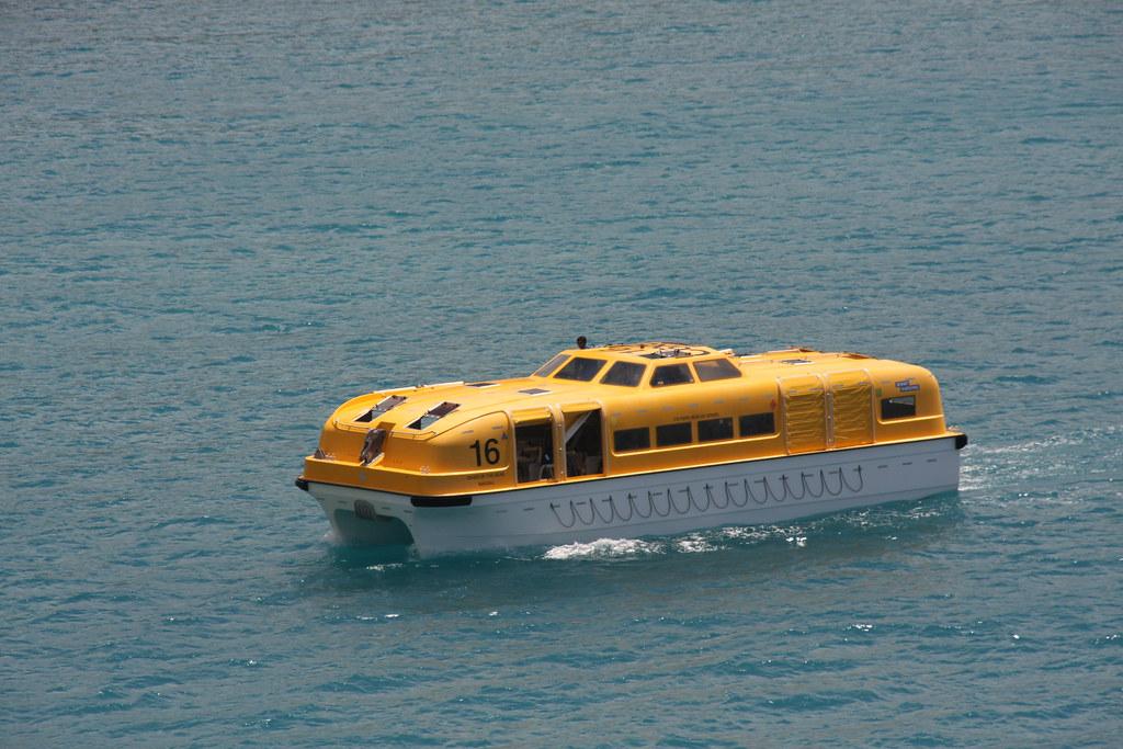 Oasis of the Seas - Lifeboat 16 | Robert R&N | Flickr Oasis Of The Seas Comparison