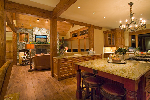 Country Kitchen Walls And Oak Cabinets