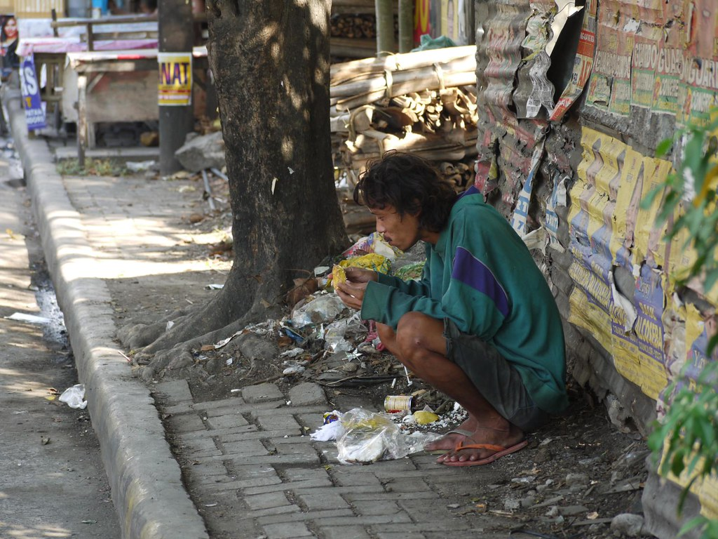 problems of poverty in philippines In the philippines, 1 in 6 filipino kids will not attend school  although we can't directly solve a problem as big as poverty, we can certainly help promote the .