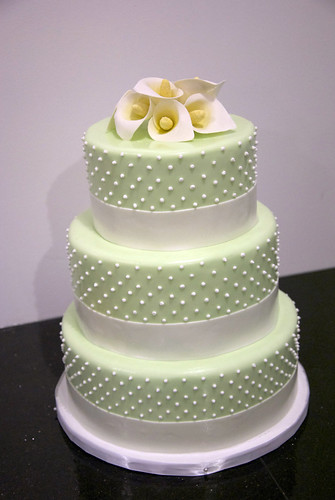 Ti And Tiny Wedding Cake