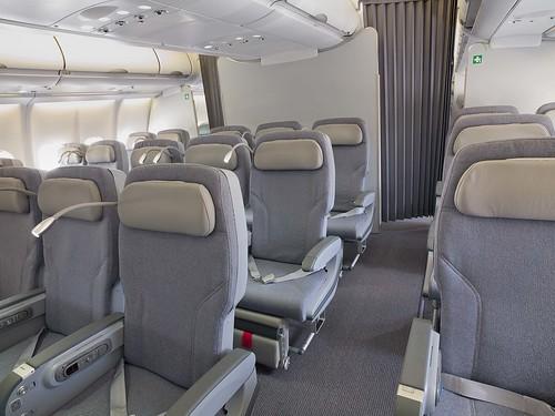 Alitalia A330 200 Classica Plus Seats Cabin Abtn Flickr