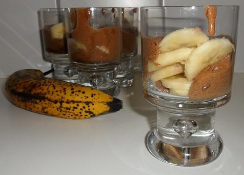 Chocomousse met bananenschijfjes | by Annelyse.be