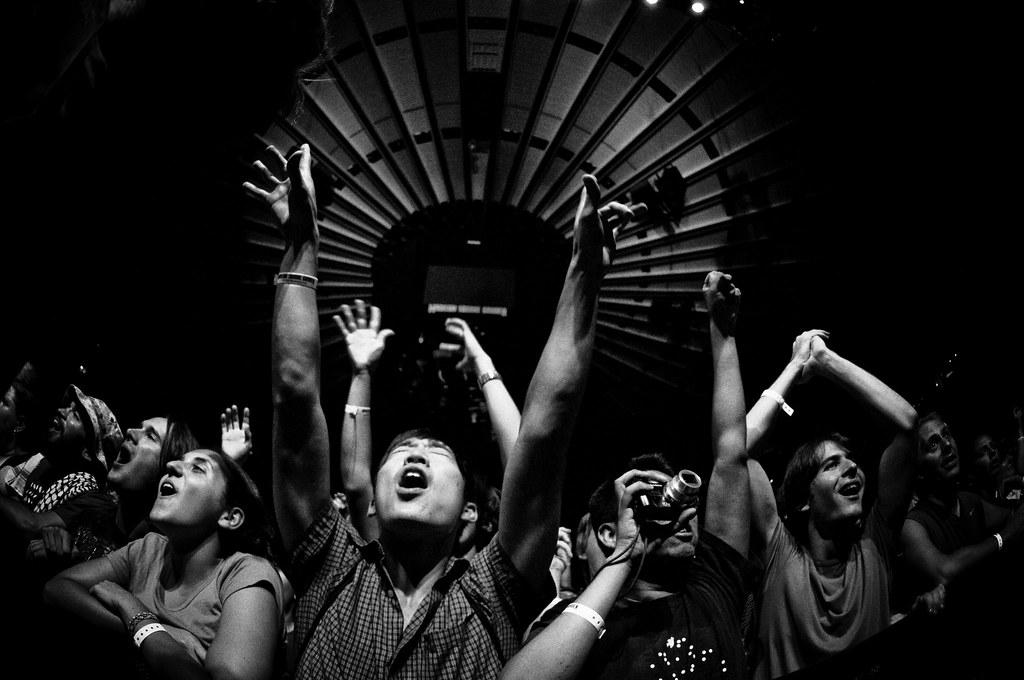 Crowd at arcade fire madison square garden msg new yor flickr for Arcade fire madison square garden