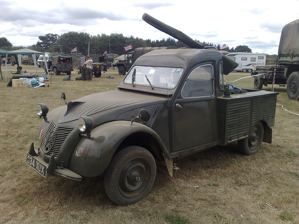 citroen 2cv royal marine pick up brian flickr. Black Bedroom Furniture Sets. Home Design Ideas