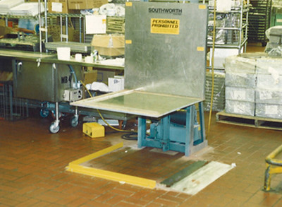 Trans-Quip Stack Box Lift Table with Stainless Steel Platf… | Flickr