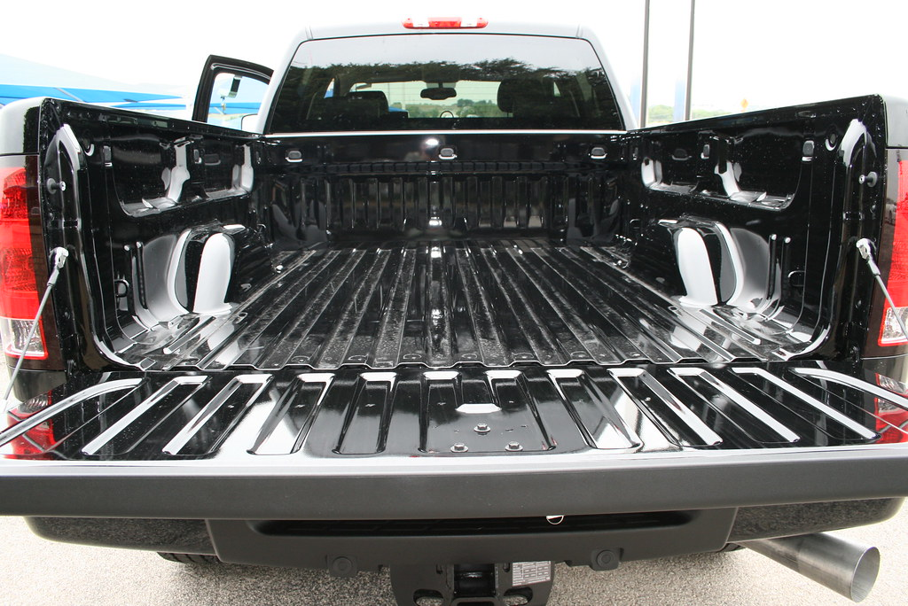 Smooth Bed In The All New 2011 Gmc Sierra 2500hd Denali At
