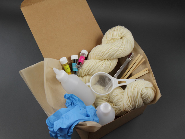 Deluxe Yarn Dyeing Kit