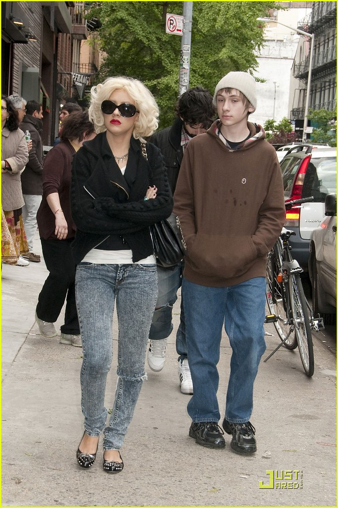 Fausto Xavier Aguilera >> christina aguilera 100510   Christina Aguilera out and about…   Flickr