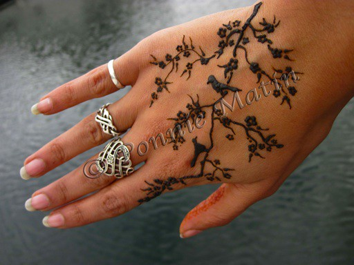 Henna Tattoo Bird Birds in a Tree...