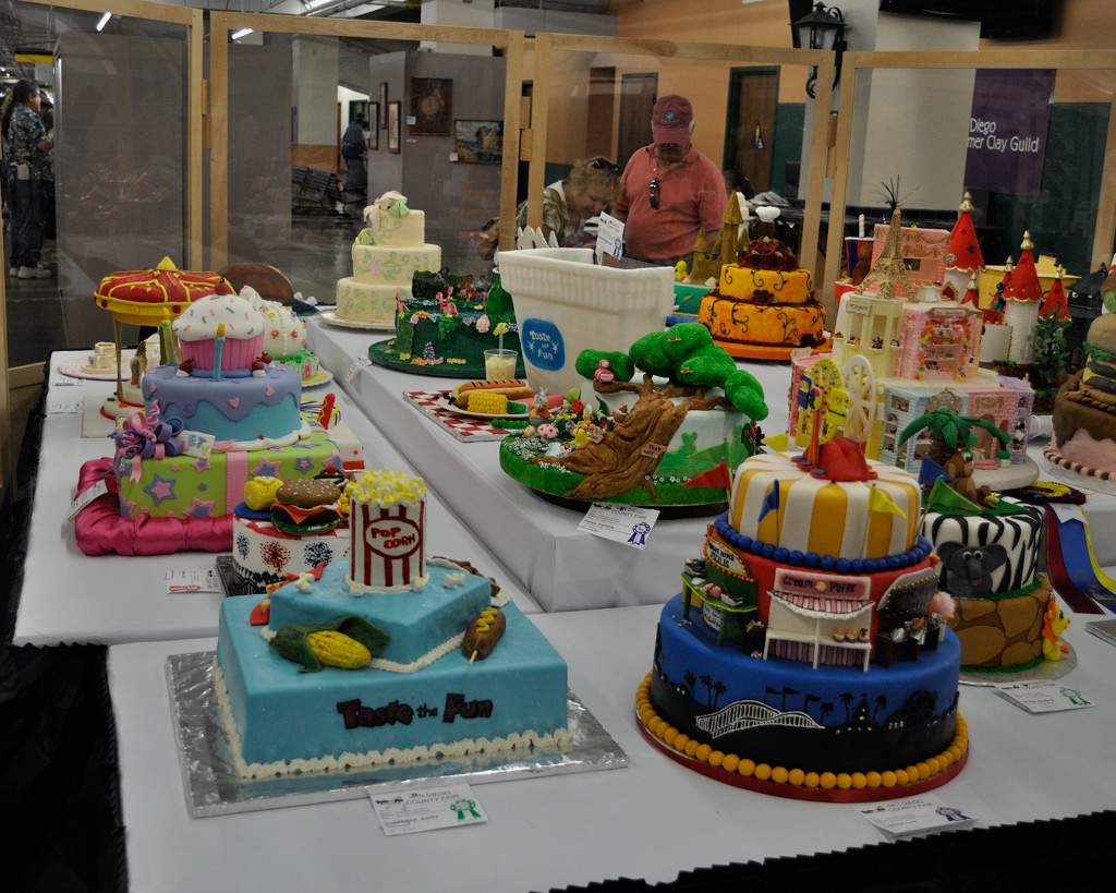 Cake Decorating Competition Guidelines : San Diego County Fair Cake Decorating Contest Barry ...