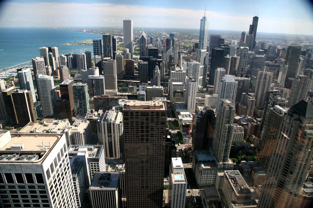 Restaurants Near Aon Center Chicago Il