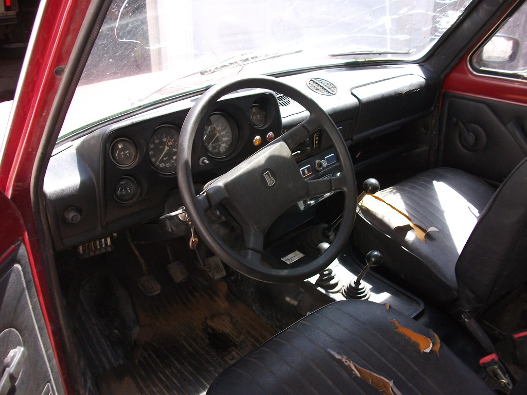 1991 lada niva 1600 interior interior cleaned up