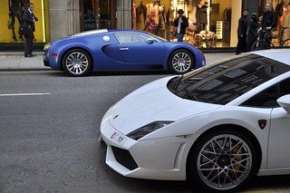 Bugatti Veyron Blue Centenaire and Lamborghini Gallardo LP560-4 | by 3vsqz1