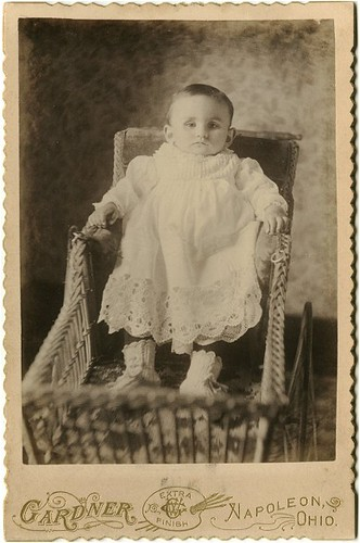 Post Mortem Photography: Baby in wicker carriage | If your