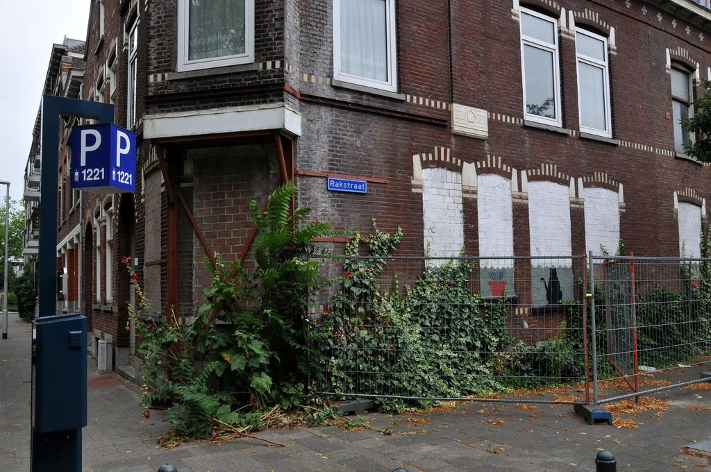 Rakstraat rotterdam crooswijk facemepls flickr for Rotterdam crooswijk
