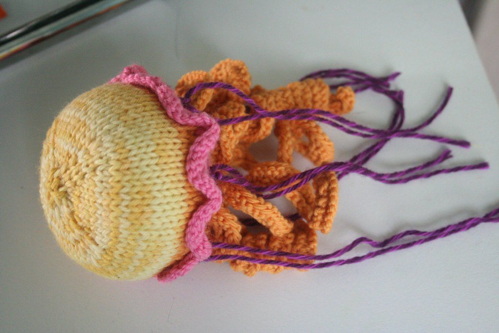 knitted :: jellyfish | I knitted a trio of these for a frien… | Flickr