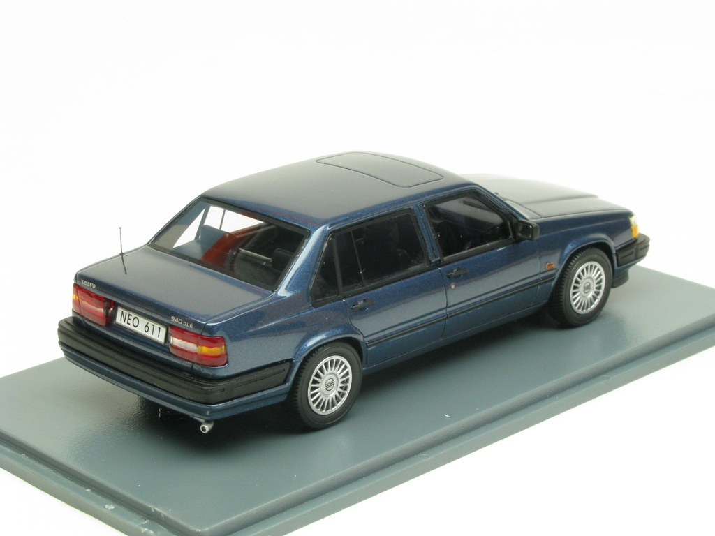Volvo 940 GLE dark blue metallic (Neo Scale Models NEO4361… | Flickr