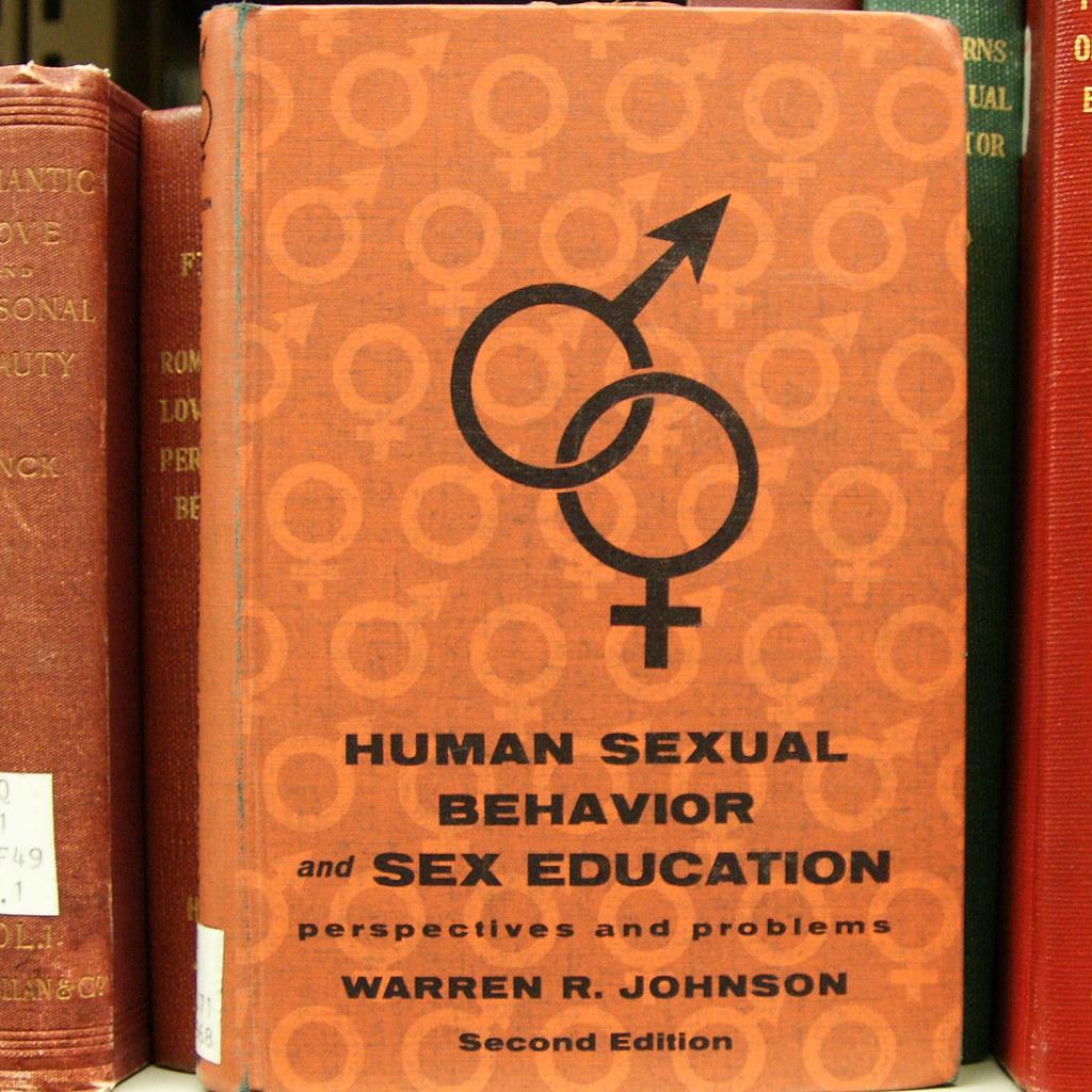 Секс в библеотеки 14 фотография