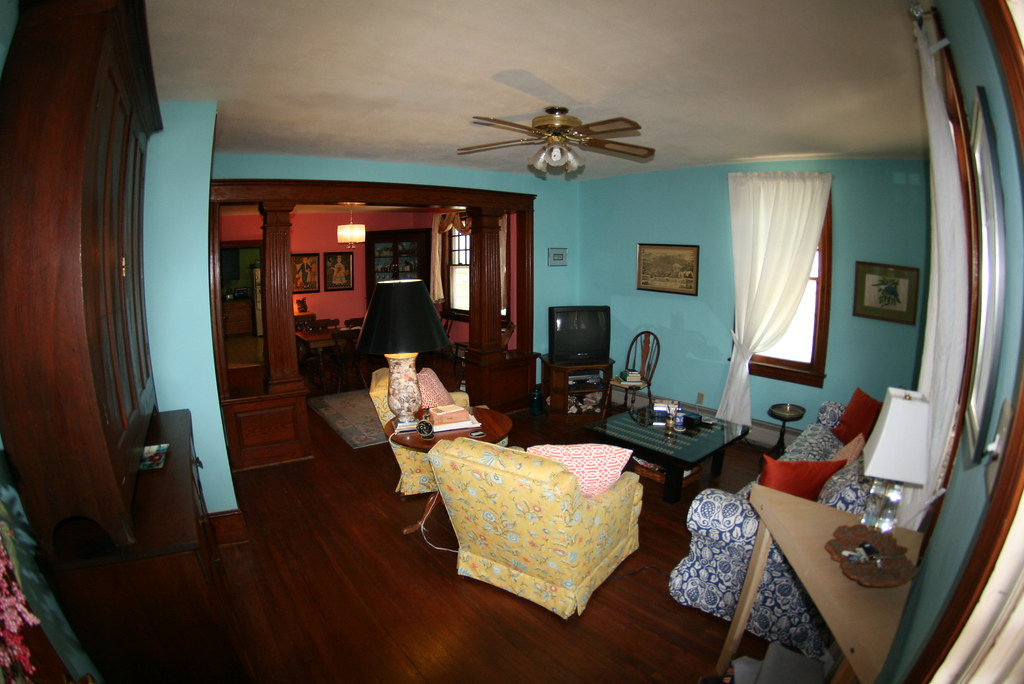 Living room/Dining room combo | The Living room is 13' x ...