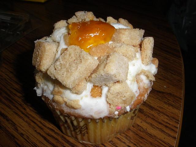 Crumbs Peach Cobbler Cupcake | Flickr - Photo Sharing!