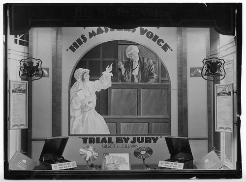 hmv 363 Oxford Street, London - Gilbert & Sullivan 'Trial By Jury' window display 1920s