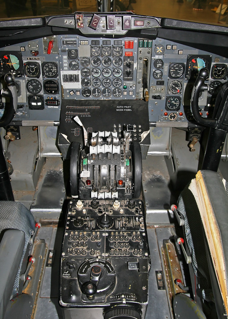 Boeing 707 321 N714pa Flight Deck Center Console Flickr