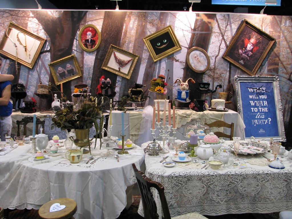 Alice In Wonderland Promotional Booth Frank Pepito Flickr