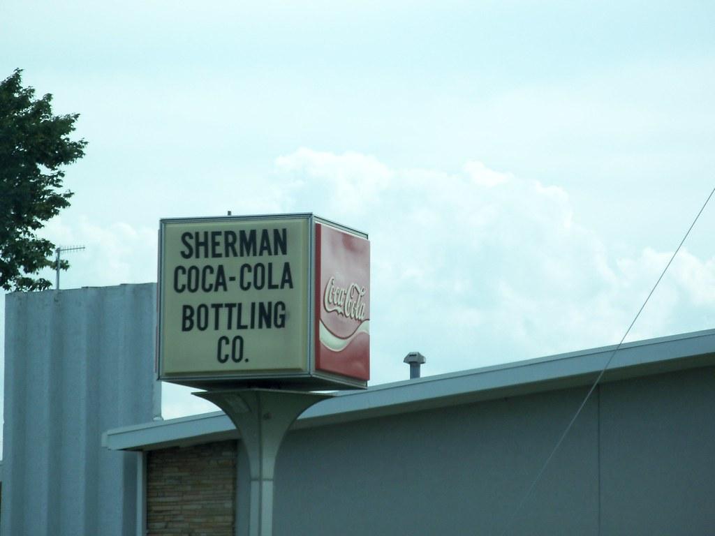 Sherman Coca Cola Bottling Co Sign Sherman Texas Flickr