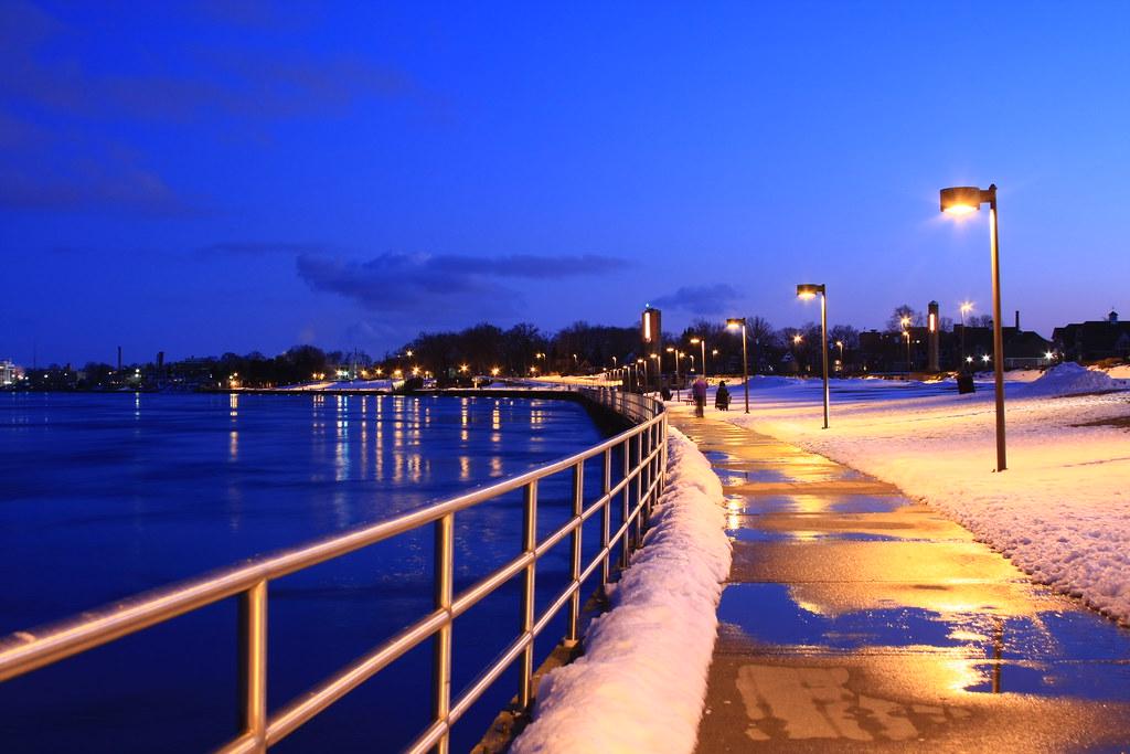 Port Huron Boardwalk | Boardwalk in Port Huron, MI by the ...
