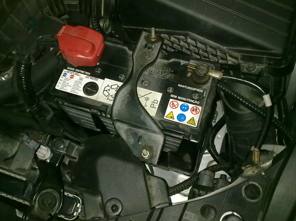 Battery Replace For Honda Accord 2006 (CL7) | Flickr