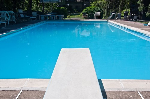 Swimming Pool 2010-07 1 | by aloucha