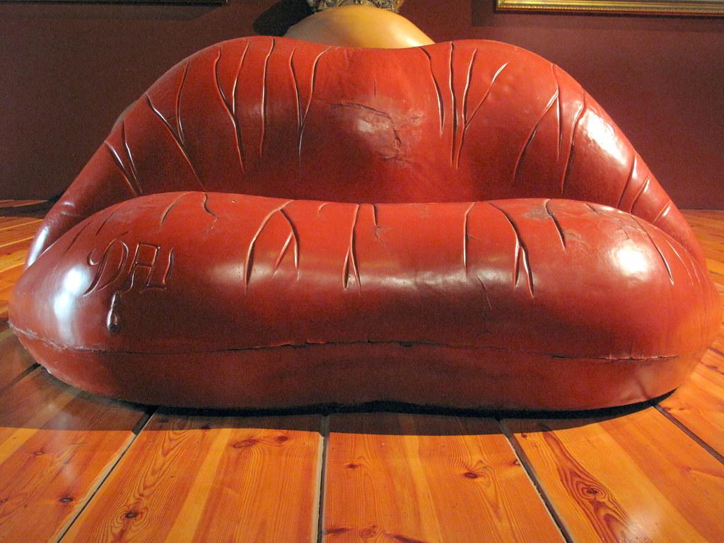 Dali Mae West Lips Sofa Dali Museum Figueres Chris 9