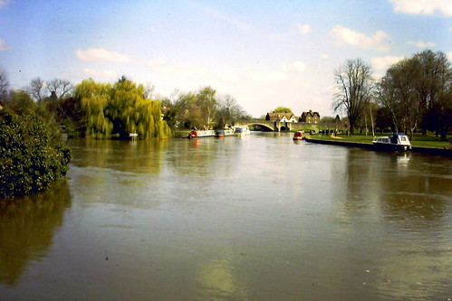 Oxon The River Thames at Abingdon AF53 | by ewart_white
