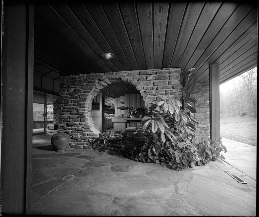 San Simeon Apartments: Walton Residence - Bentonville Arkansas - Built: 1958