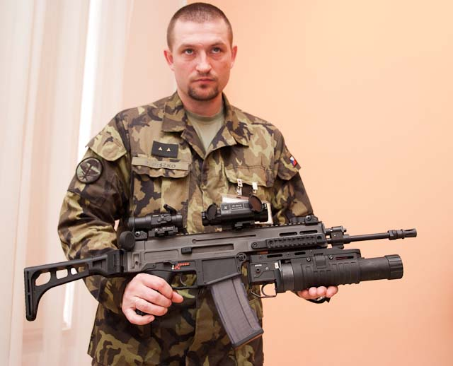 """Волонтеры взялись за модернизацию оружия для украинских спецназовцев в зоне АТО, - """"Вернись живым"""" - Цензор.НЕТ 7628"""