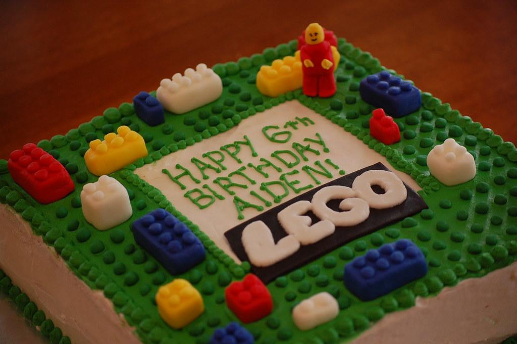 Lego Cake | Vanilla cake with vanilla cream filling and