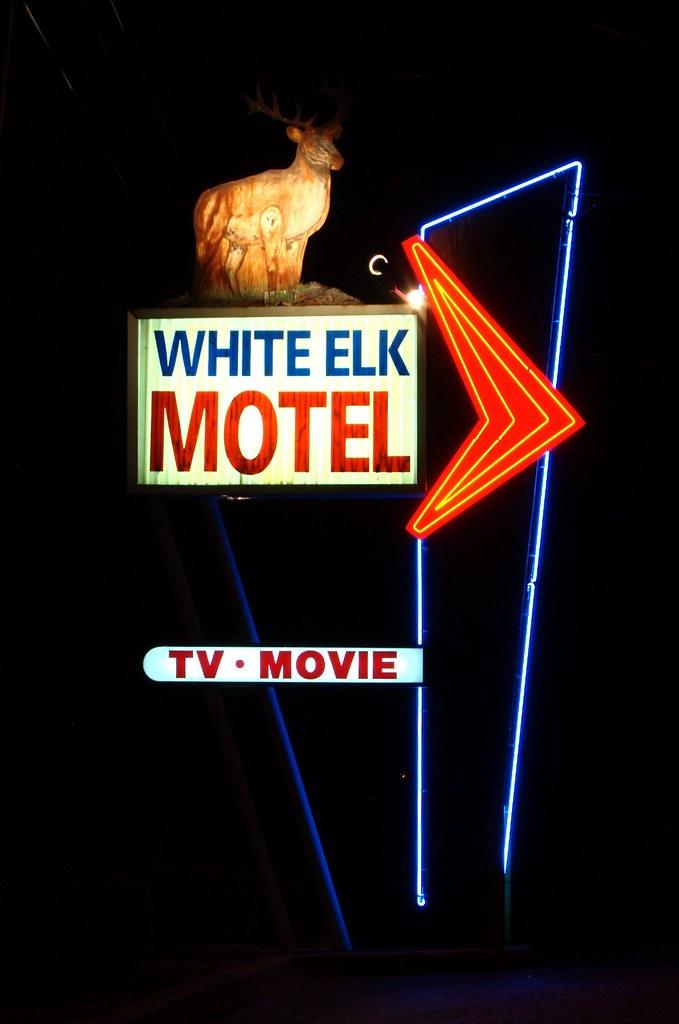 Motel  Elk Grove Spa Bath Images